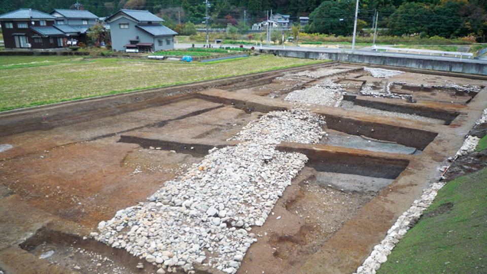 "Stone paving relics in ""Inlet of Ichijo"""